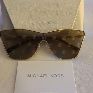 NWT Michael Kors Logo mirrored Cat Eye Sunglasses